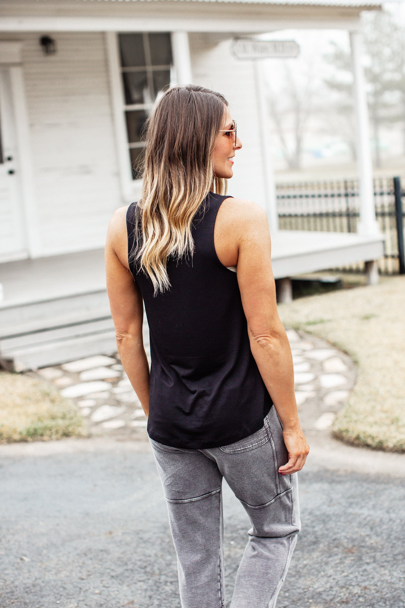 Basic Tank Top *BLACK