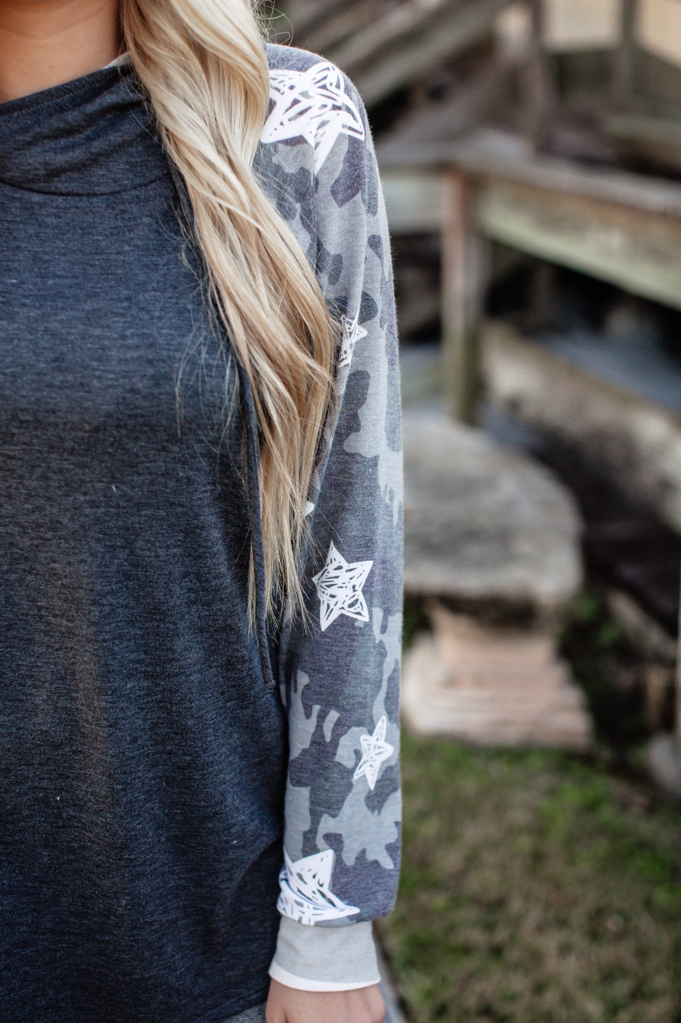 Camo Star Hooded Top (S-XL)