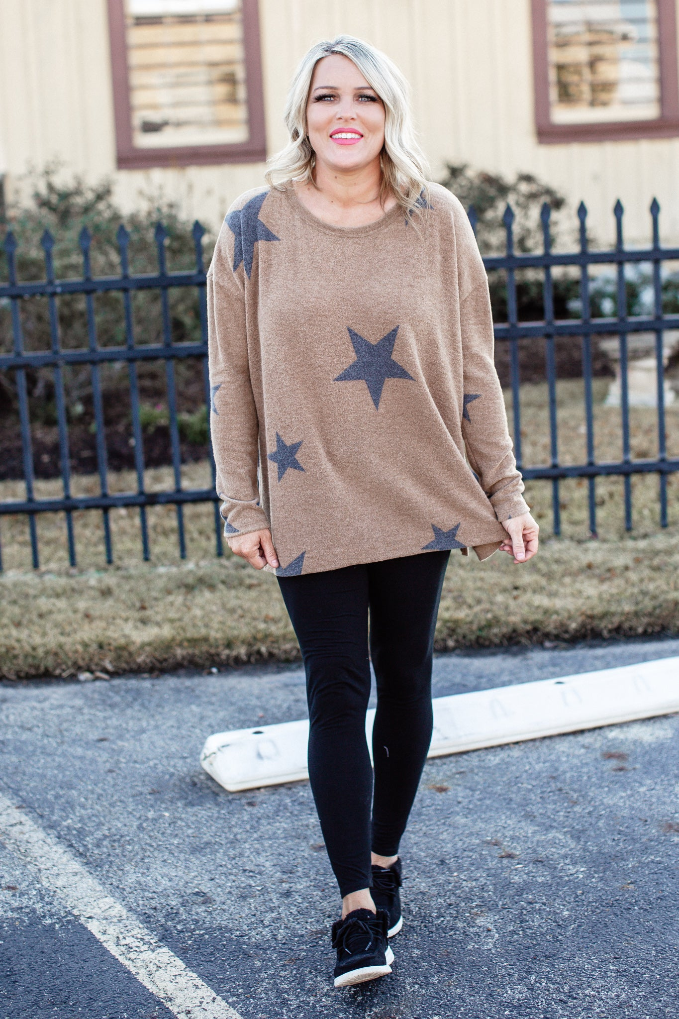 Mocha Brushed Star Top (S-3X)