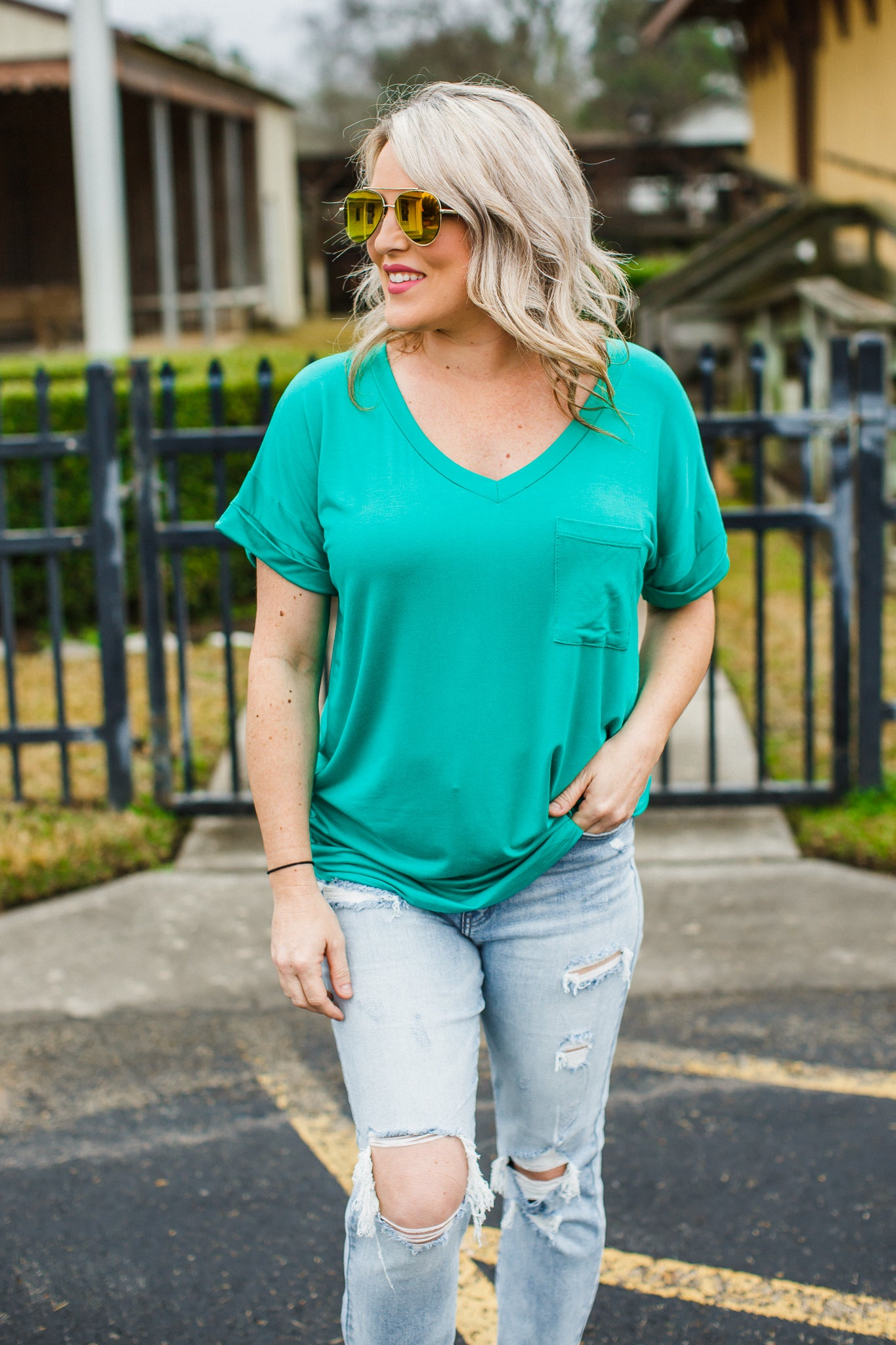 Jade Boyfriend V-Neck Top ( CAN FIT XL )