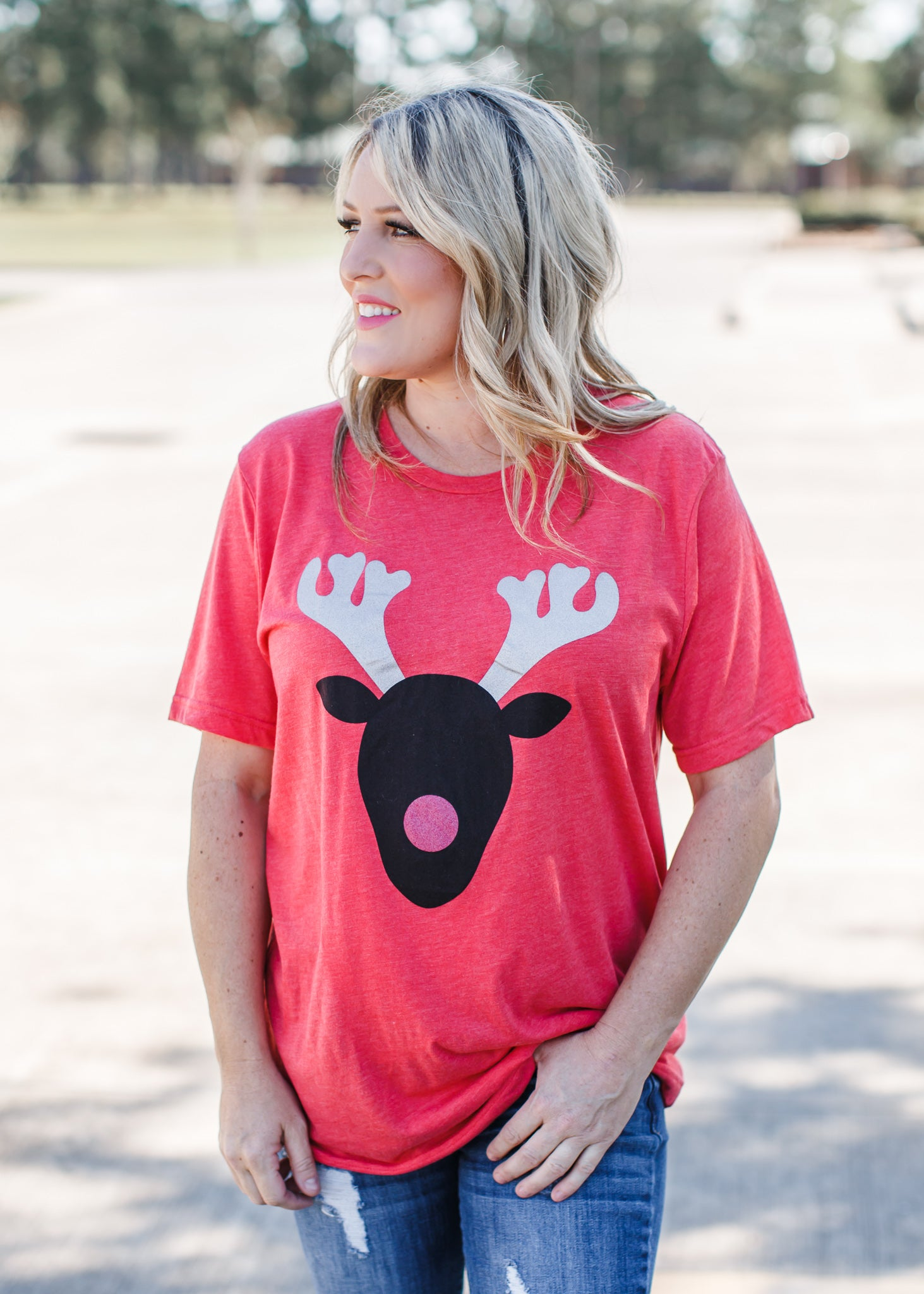 Reindeer Tee *Washed Red ( S-2X )