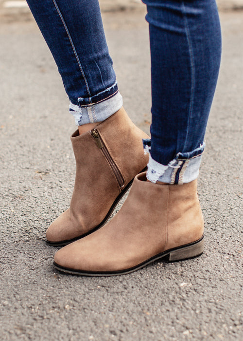 Saber Bootie (6-11) *TAUPE