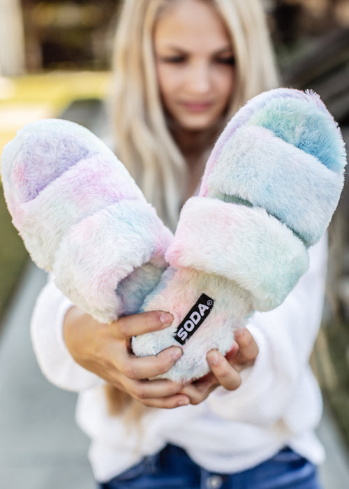Tie Dye Two Band Slippers (6-11)
