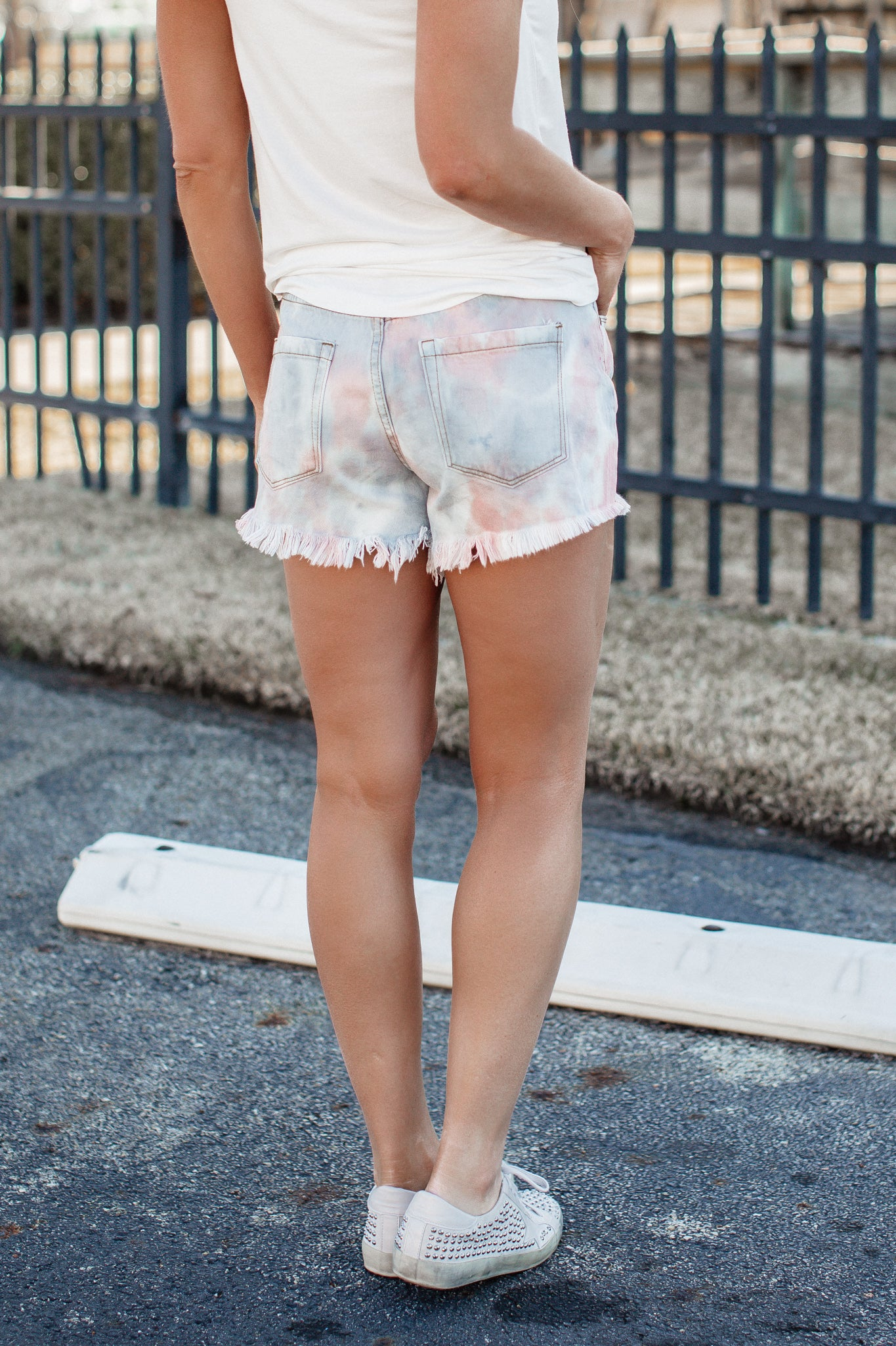 Tie Dye Fray Shorts *BLUE GREY
