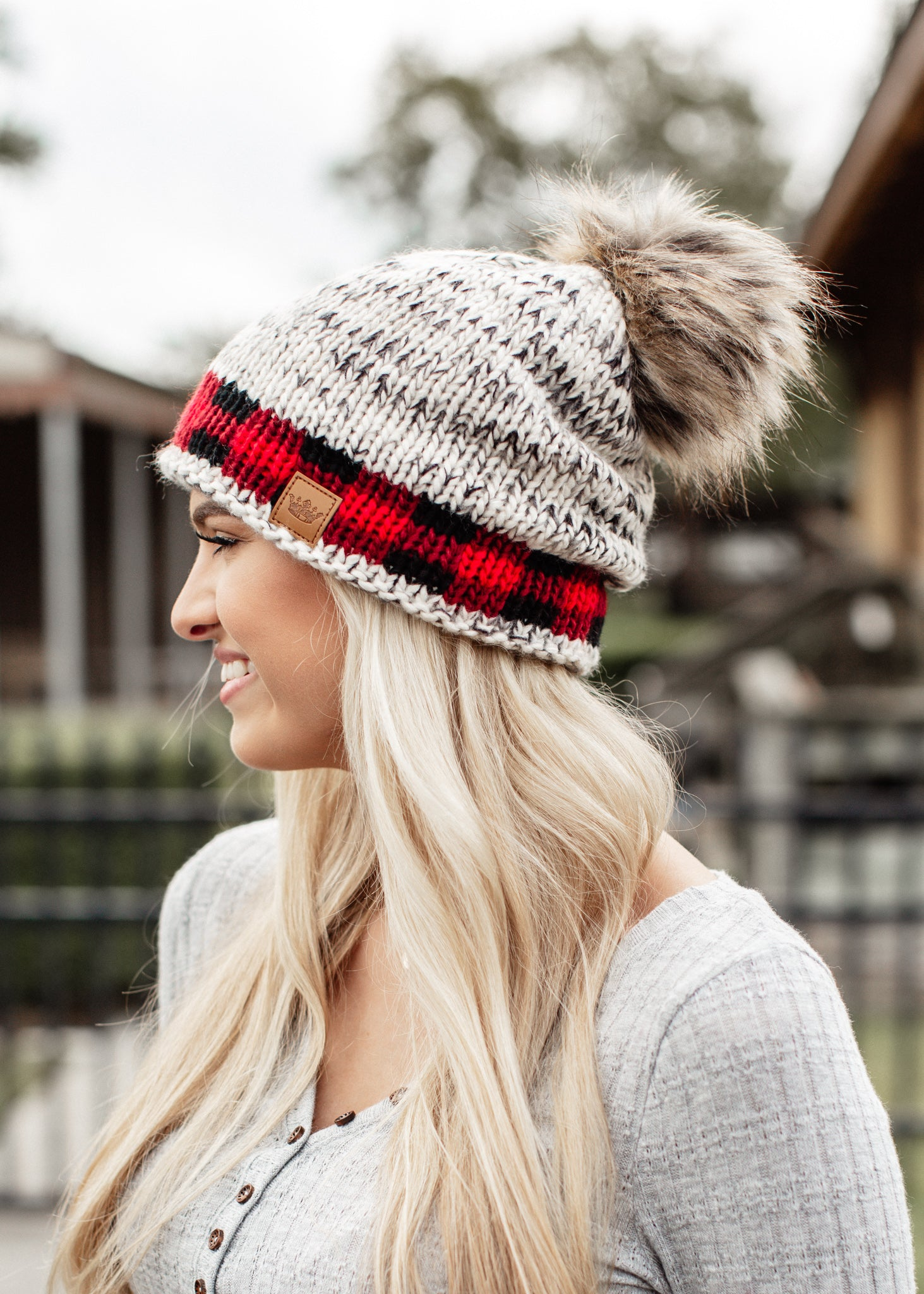 Knit Pom Beanie Checkered Bottom *RED