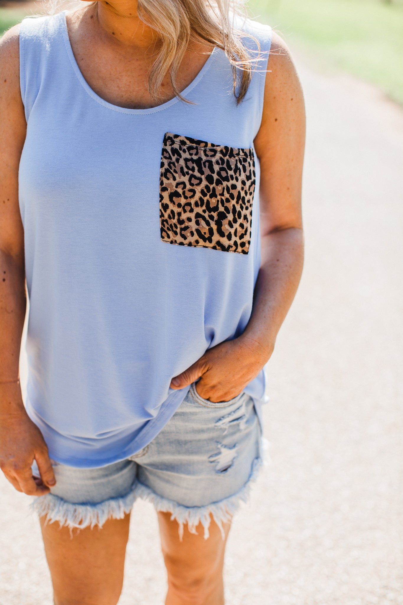 Lizz Leopard Pocket Top (S-XL & 1x-3x) **SPRING BLUE