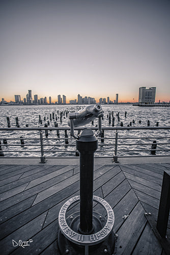Donnie Quillen DQ122 - Manhattan Sunrise II - Manhattan, Water, City, View, Binoculars, Urban from Penny Lane Publishing