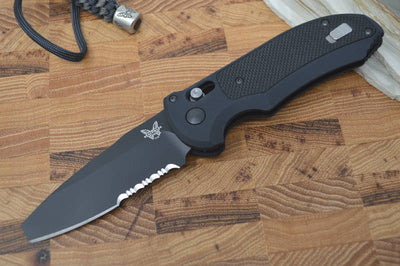 Benchmade 9160SBK Auto Triage - Black Partial Serrate - Automatic