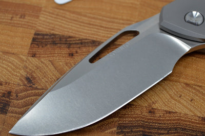 Koenig Arius Flipper Delete- Standard with Patterned Handle - Brightwashed Blade with Satin Flats (Gen 4) AR1004FDSPRINT