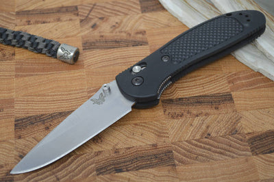 Benchmade 551-S30V Griptilian - Satin Blade / Black Handle