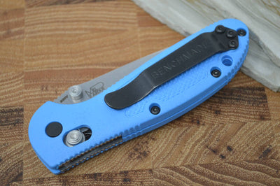 Benchmade 556S-BLU-S30V Mini Griptilian - Satin Combo Blade / Blue Handle
