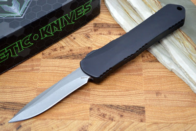 Heretic Knives Manticore E OTF - Battleworn Recurve Blade / Black Handle