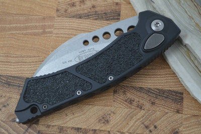 Microtech Hawk - M390 Stonewash Blade / Black Aluminum Handle