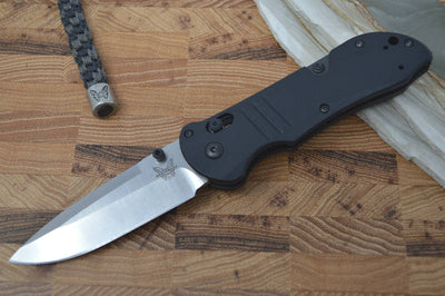Benchmade 917 Triage - Plain Edge Satin Blade / Black Handle - Northwest Knives