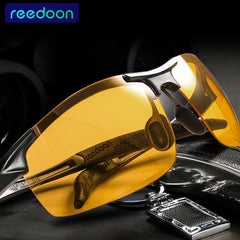 Day and Night Vision Polarized Sunglasses for Men with Anti-Glare, Anti Glare Sunglasses, Anti-Glare Polarized Sunglasses, Polarized Sunglasses for Men and Women from watchalternative.com