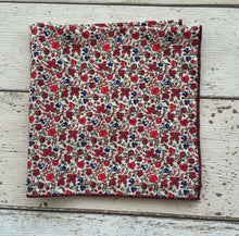 Liberty Pocket Square 'Classic Meadow'