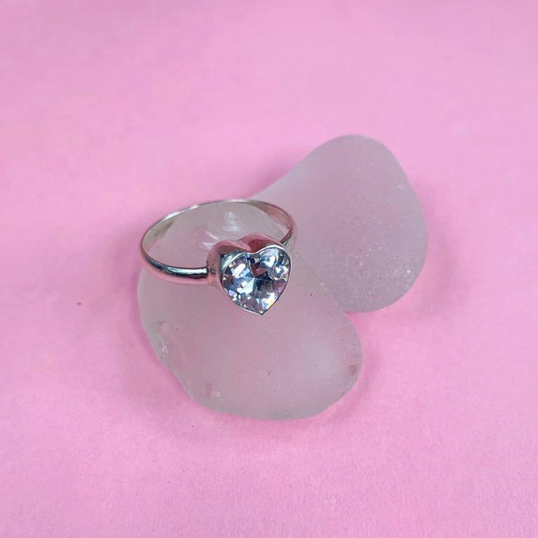 CINTA crystal heart ring