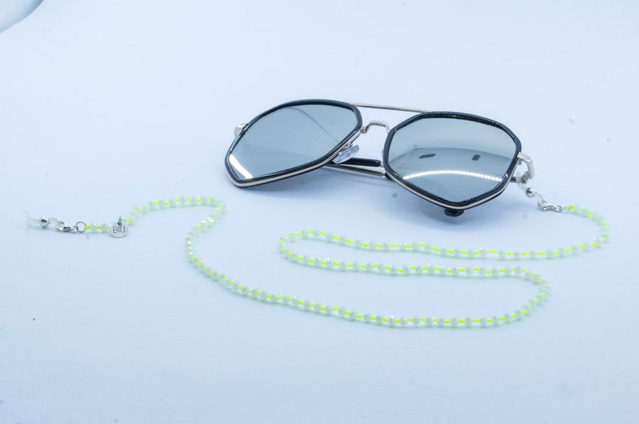 CRYSTAL WHITE sunglasses chain (3 colors)