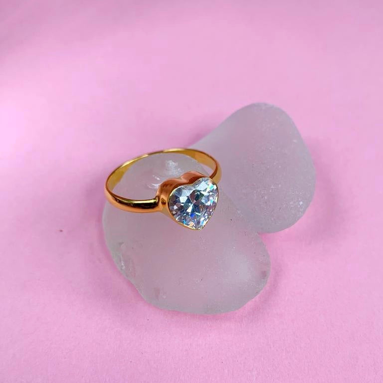 CINTA crystal heart ring 22k gold plated