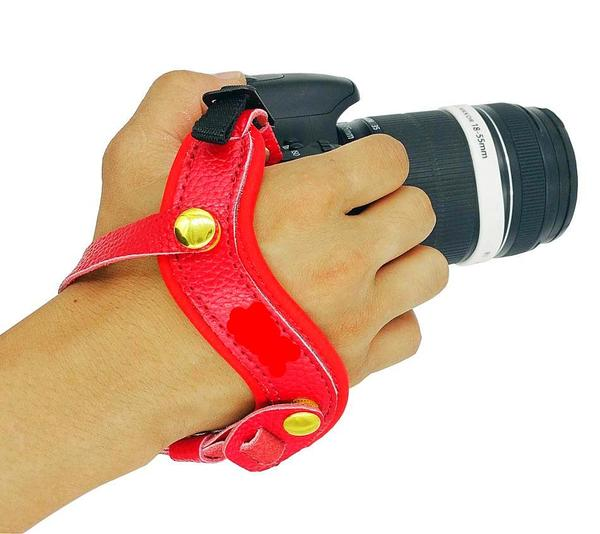 CAMERAGRIPz™️ - Safe Grip While Recording!