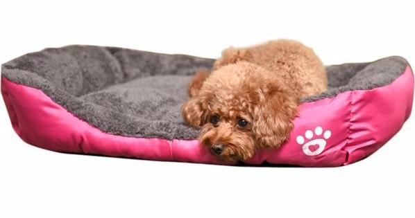 Breathable and waterproof flannel bed for dogs