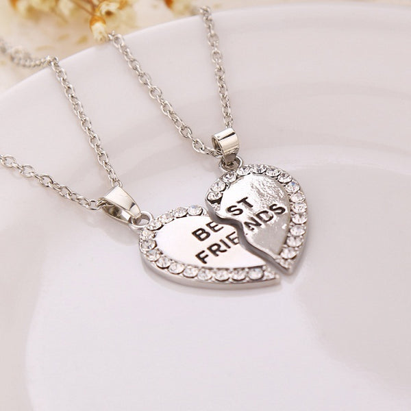 Necklace with best friend pendant