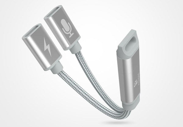 2-in-1 Splitter Cable for iPhone