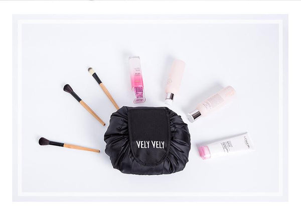 Magic Pouch™️ - the travel purse for your make-up