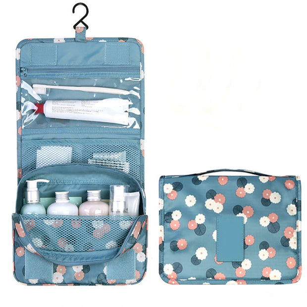 Travel Organizer™ - the foldable beauty case with smart compartments