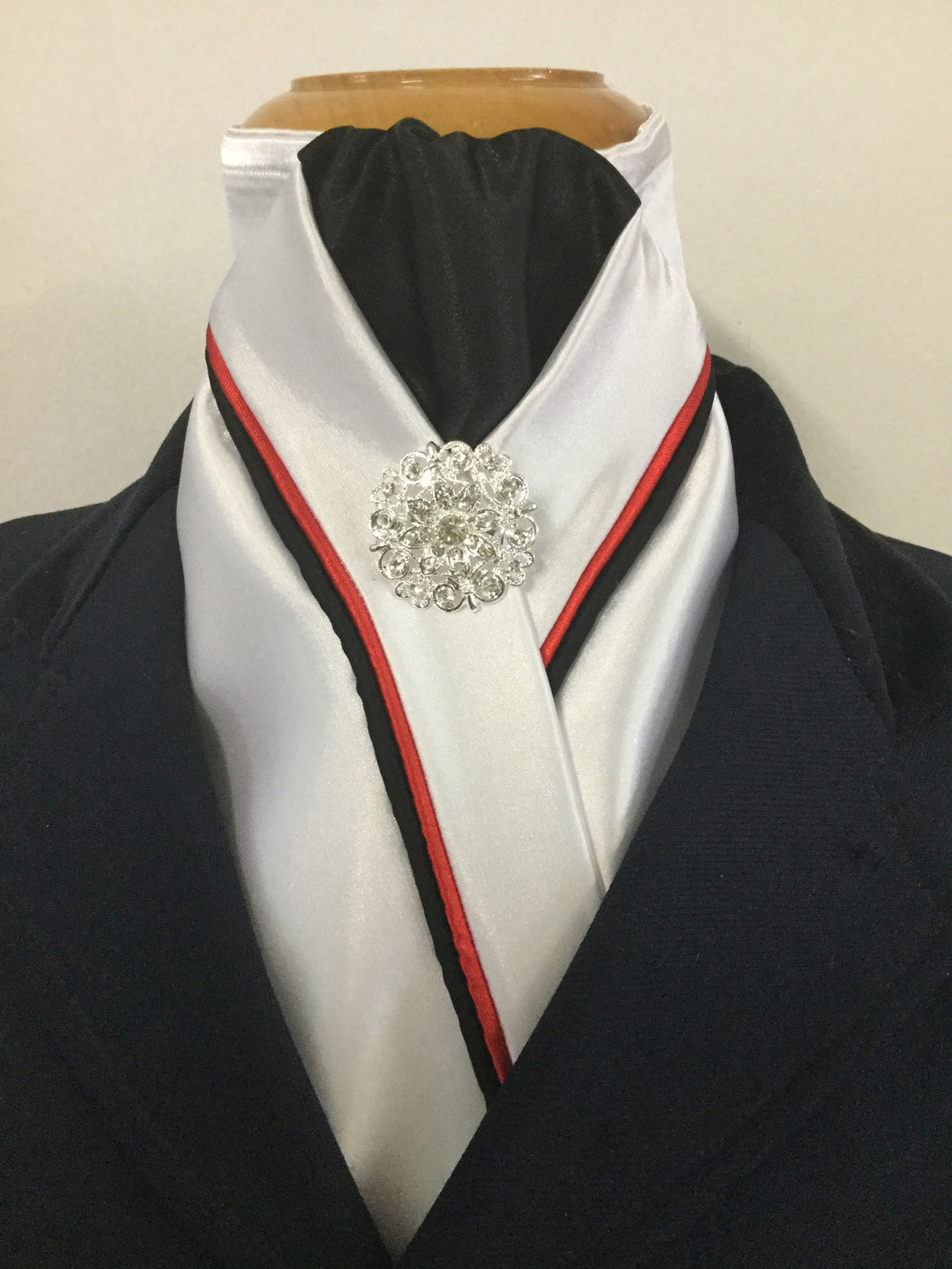 HHD Custom White Equestrian Stock Tie in Black & Red