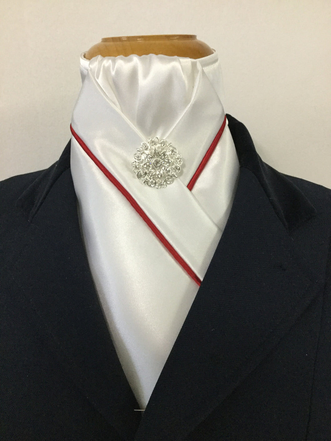 HHD White or Cream Custom Pre Tied Stock Tie with Red Piping
