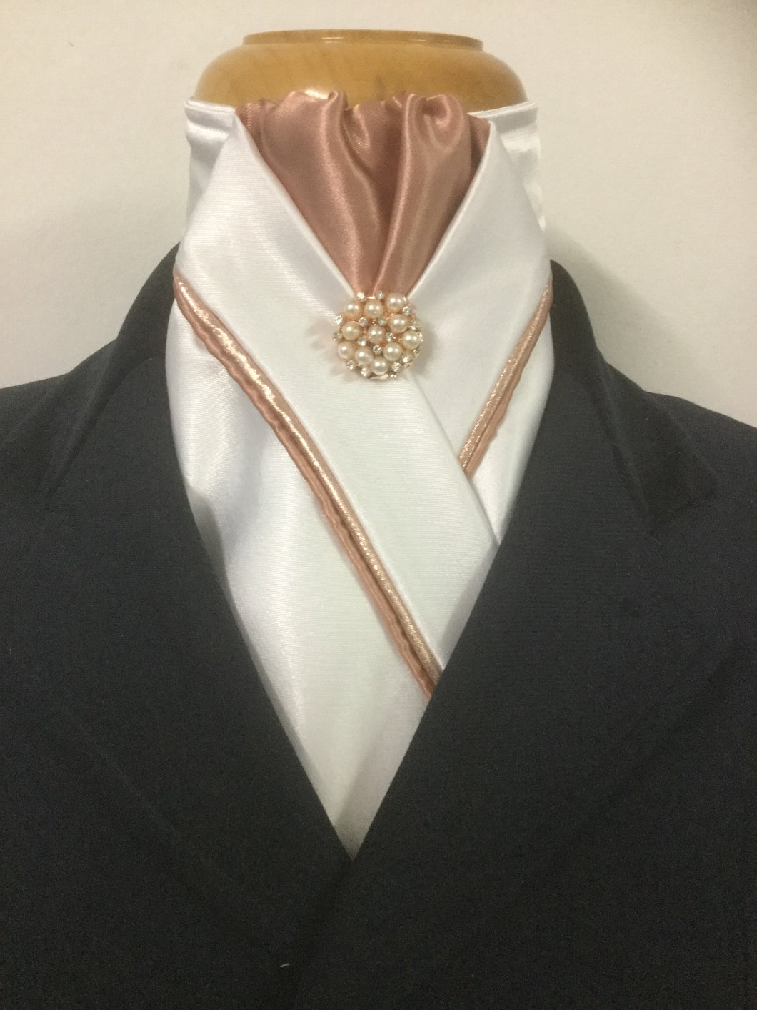 HHD Ivory Cream Satin Custom Pretied Stock Tie Rose Gold Piping