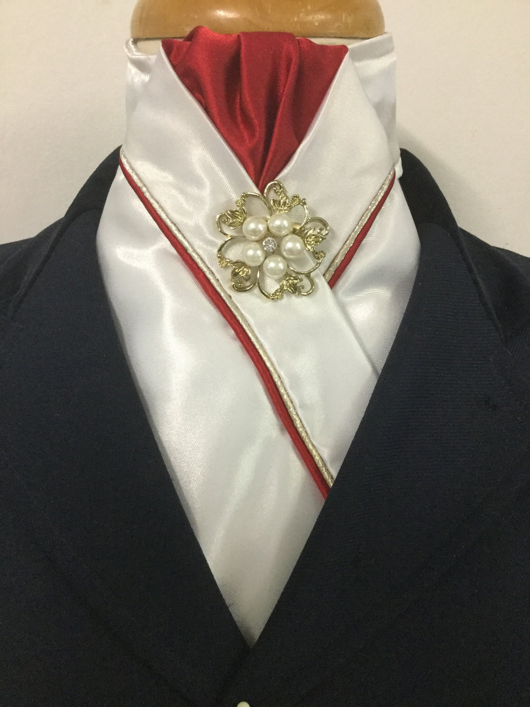 HHD Custom White Pre Tied Stock Tie Red & Gold Pearl Rhinestone Pin