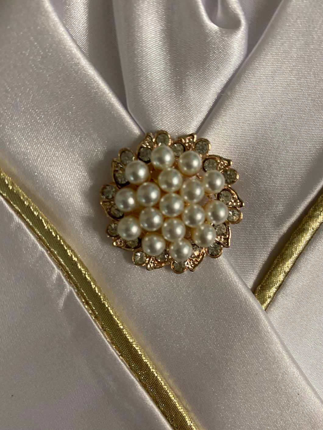 Pearls in Gold and Rhinestone Stock Pin Brooch