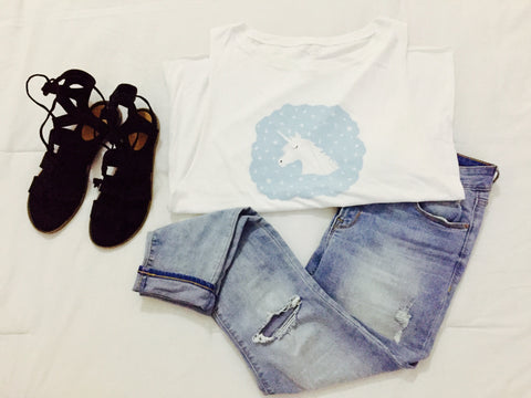 Dream Tee, Jeans, Sandals