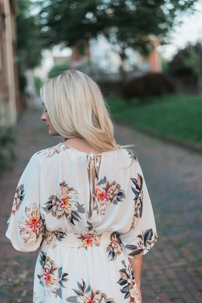 Floral-print, keyhole back detail, off-white. Eva Maxi Dress