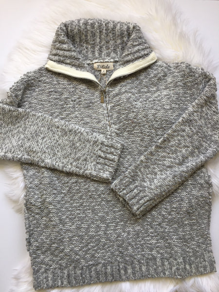 Gray, knit crochet, popcorn thread, zipped neck, pockets, flat lay - Paige sweater