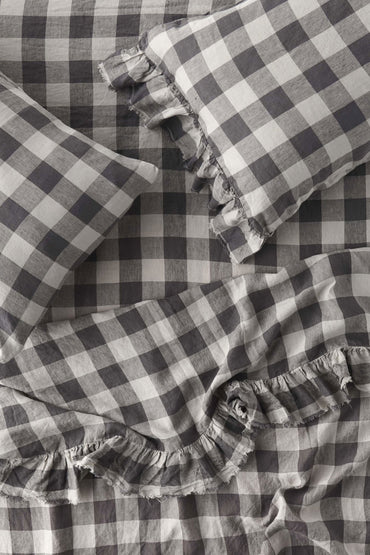 SOCIETY OF WANDERERS LICORICE GINGHAM RUFFLE FLAT SHEET