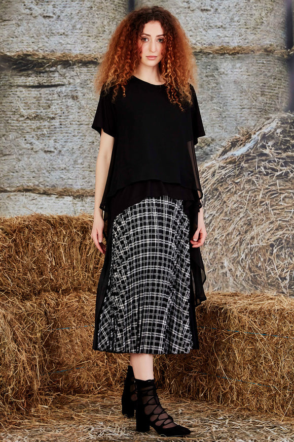 CURATE - FIND YOUR PLEAT SKIRT