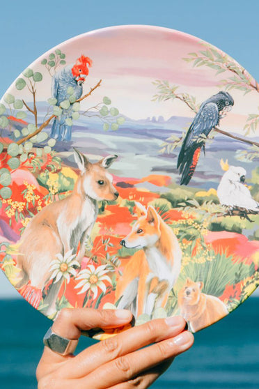 LA LA LAND NATURE DWELLINGS MELAMINE PLATE SET