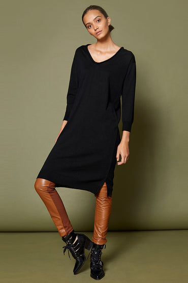 SABATINI V-NECK MERINO DRESS BLACK