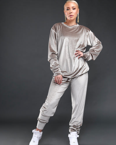 LEISURE LOUNGING SUIT // SILVER MUSHROOM VELVET