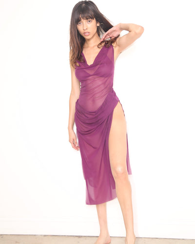 FINE MESH KITTEN SLIP DRESS // PLUM