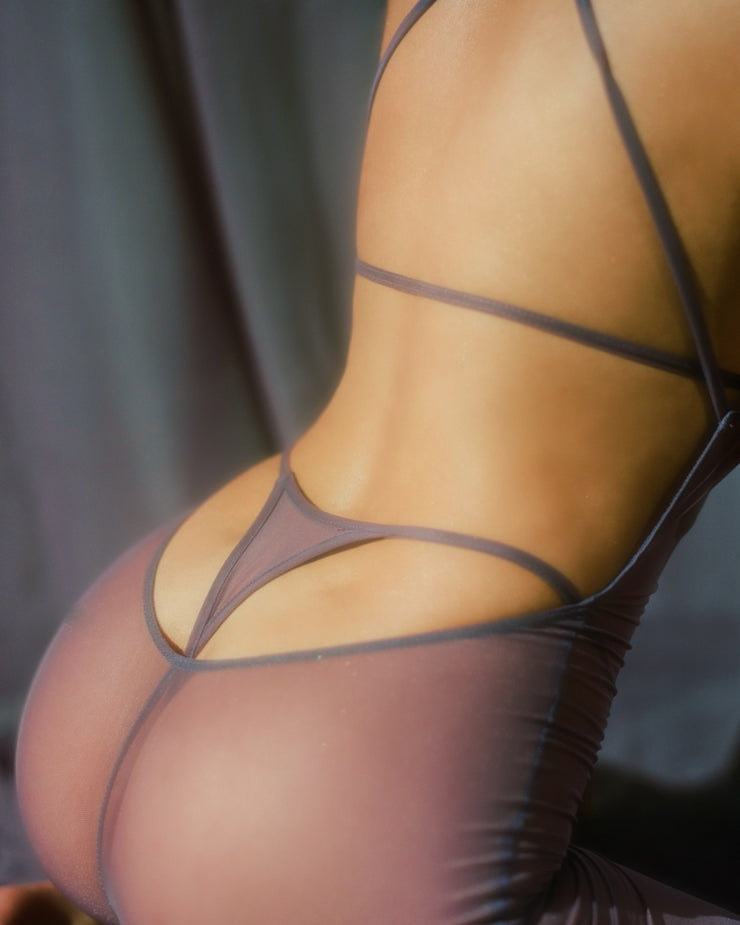 NYLON MESH TRIANGLE THONG // TOUCH