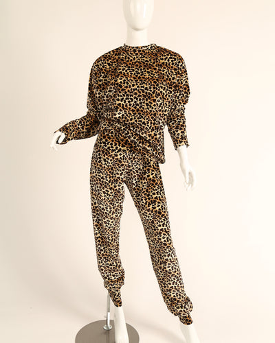LEISURE LOUNGING SUIT // LEOPARD