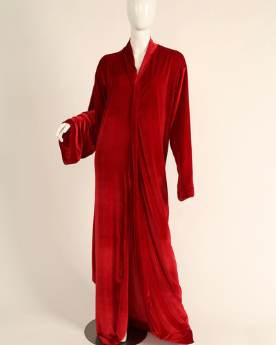 LEISURE ROBE // TRUE RED
