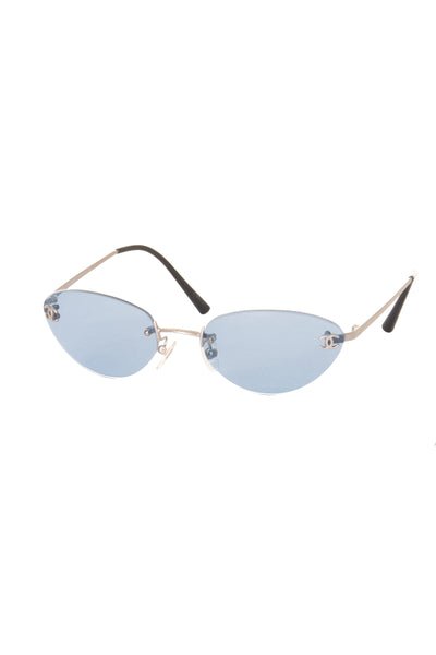 Chanelc. 103/72 CC Sunglasses- irvrsbl