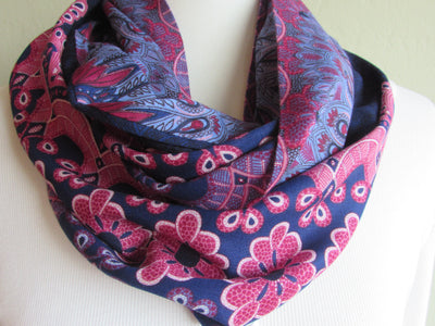 Paisley - Indigo Blue & Lavender Infinity Scarf w/a Hidden Zipper Pocket - Reversible