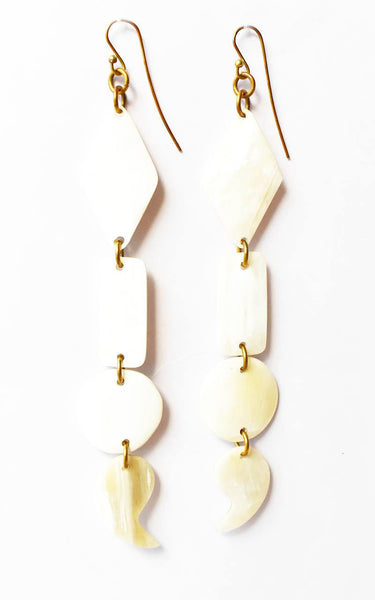 ADELE LIGHT HORN EARRINGS