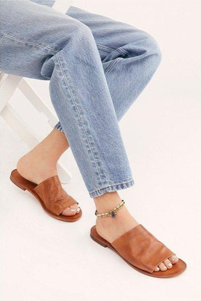 Wide-Strap Slide Sandal